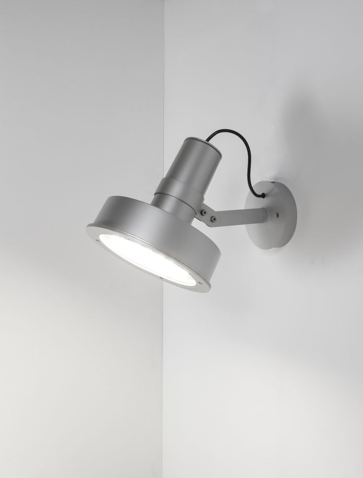 Arne is an outdoor light from global partner santa cole that combines classic modernist design