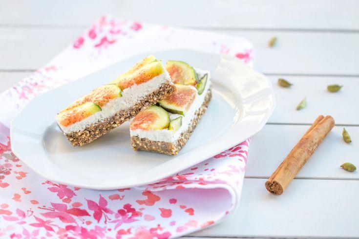 Le barrette ai fichi e crema di cocco sono uno snack energetico e completo dal punto di vista nutrizionale.