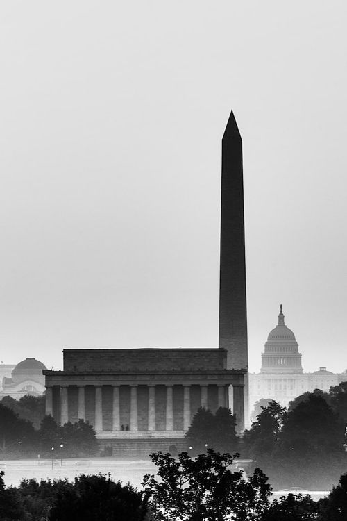 #PinUpLive Another great shot from @Ann Jensen travel boards: Washington DC- that's a gorgeous picture. I love the BW version of this!