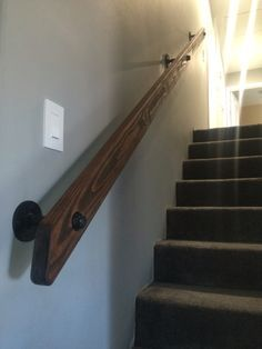 High Quality Pipe And Wood Hand Rail Made From Scratch.