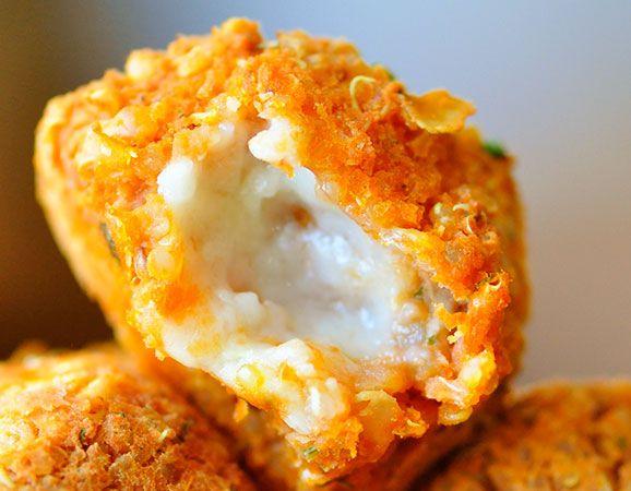 Receta paso a paso de croquetas de quinoa y tofu, un plato muy nutritivo y original si queremos variar nuestras croquetas habituales.