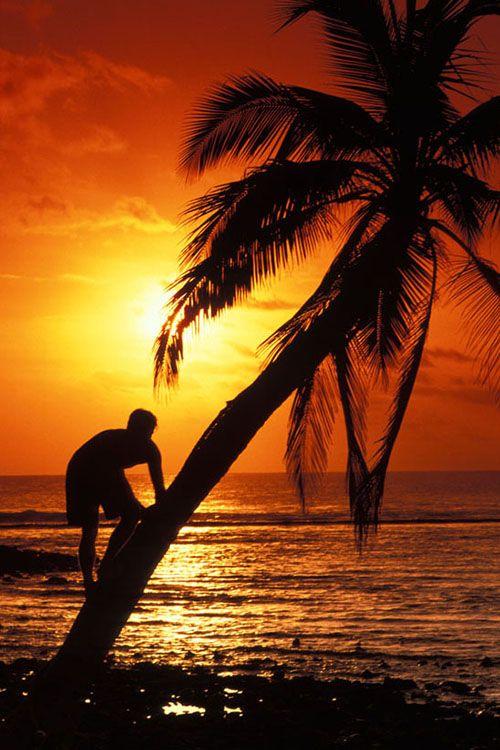 Sunset on the beach, Cocos Islands, Australia