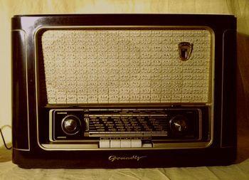 Bakelit-Röhrenradio Grundig 1041 W Radio