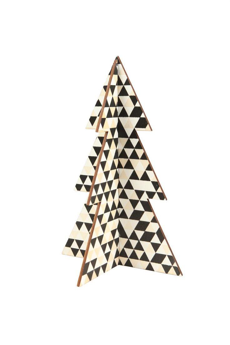 diy wood tree medium #typoshop #christmas #decoration #xmas #tree #diy