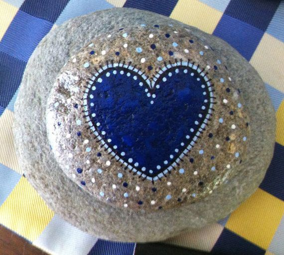 Happy+Rock++Navy+HEART....+Painted+River+Rock+by+LynnsFunCreations