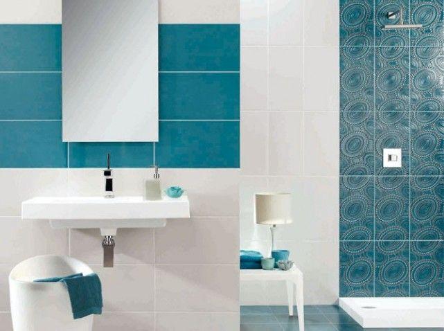 fa ence murale en 25 x 45 cm blanc et bleu 29 le m2