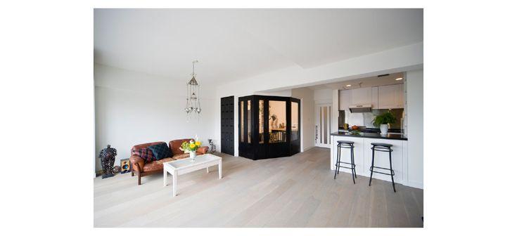 スタイリッシュなパリの空気が漂う、コンサバトリー風の書斎を備えたエレガントな住宅【HOME'S】リノベーションの事例を見る