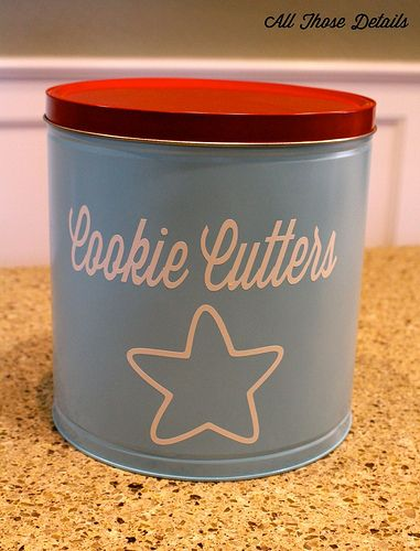 Rehab that holiday popcorn tin and use it as a storage tin for cookie cutters! Easy craft diy project in an afternoon