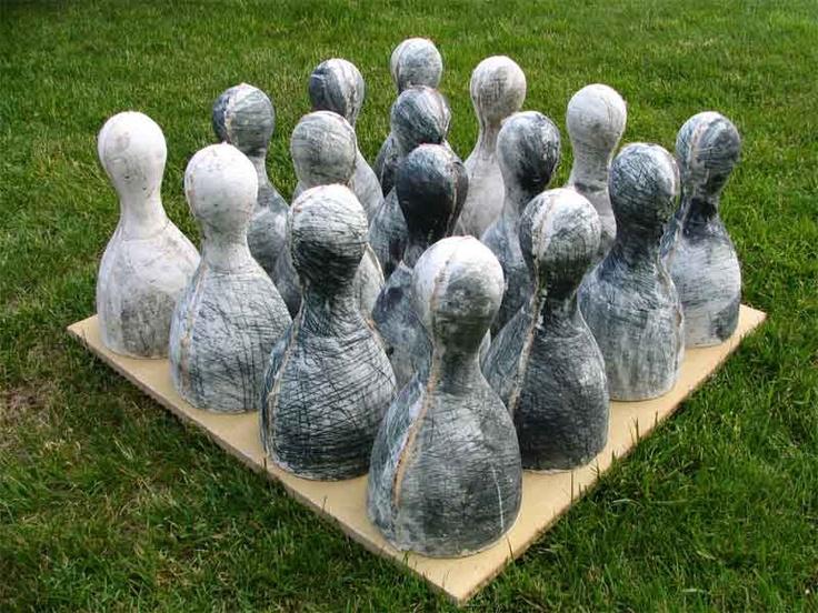 Anna Klimešová, Ludo, 2007, 60x60x28 cm, grog clay #clay #sculpture #ludo