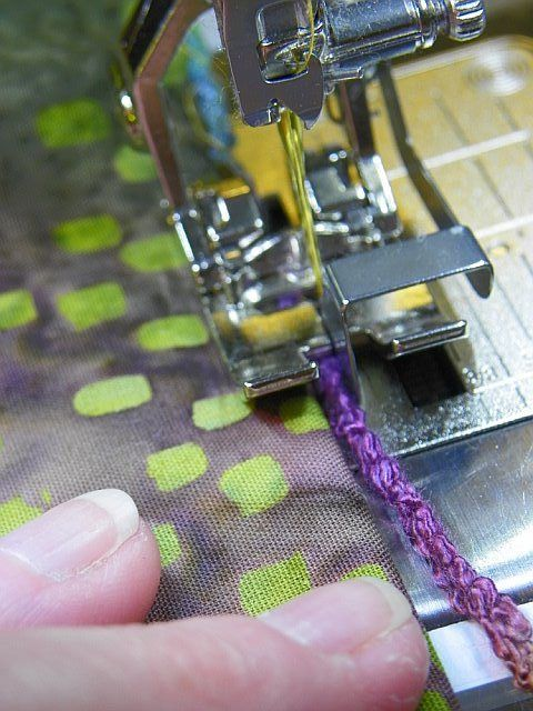 MarveLes Art Studios: Bernina Foot 10 for a CORDED Scalloped Edge