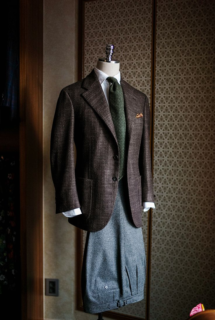 Brown textured sportscoat, Heavy wool flannel trousers. www.bntailor.com