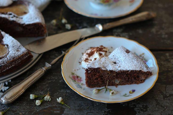 Gâteau aux poires et au chocolat - Châtelaine