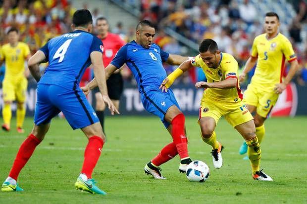 Prancis Belum Mampu Jebol Gawang Rumania  http://soccer.sindonews.com/pialaeropa/read/1115764/201/prancis-belum-mampu-jebol-gawang-rumania-1465588132  #EURO2016 #PialaEropa2016 #SINDOnewsEURO2016 #Prancis #France #Rumania #Romania