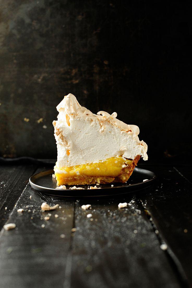 lemon almond meringue tart