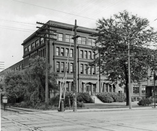 The Macey Company, 1516 South Division - c. 1940?