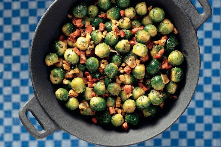 Kijk wat een lekker recept ik heb gevonden op Allerhande! Knapperige spruitjes met walnoten