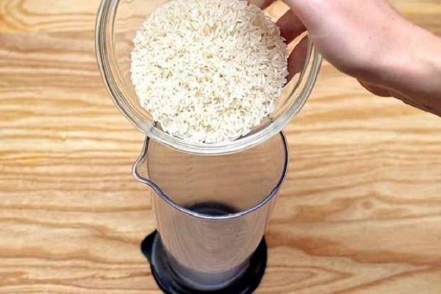 Gostou? Não deixe de curtir a imagem! :) COMO FAZER FARINHA DE ARROZ – PARA VOCÊ FAZER PÃES E BOLOS SEM GLÚTEN! Com o grande volume de descobertas negativas sobre o glúten, está aumentando a procura por farinhas sem glúten. E a de arroz é uma dessas farinhas. O mercado já oferece várias marcas de…