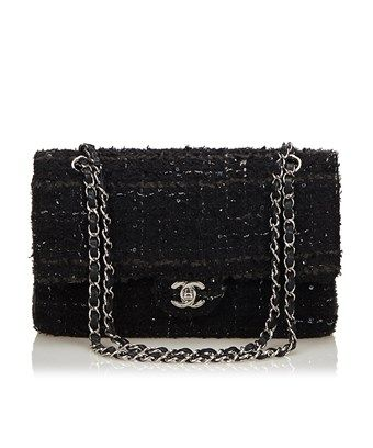 c6bd3d87f9aaa CHANEL PRE-OWNED  CLASSIC MEDIUM TWEED DOUBLE FLAP BAG.  chanel  bags