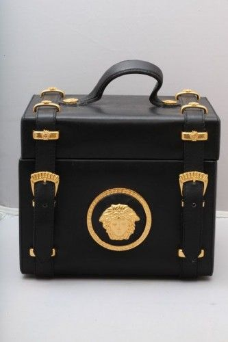 #love VINTAGE GIANNI VERSACE ~ COUTURE MEDUSA VANITY BAG