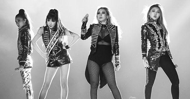 """2NE1 lança clipe de despedida de """"Goodbye"""" , Adeus a Todos Os Momentos Que Choramos , Sorrimos e Pulamos De Alegria Com 2NE1 , Eu Não Esperava Uma Despedida Que Me Machucaria Tanto Como Essa Infelizmente BLACKJACK's Chegou o Momento De Dizermos Adeus a Tudo Sei Que é muito DificilMas , Adeus 2NE1 #ThankYou2NE1 Irei Sentir Muito a Falta De Vocês , Annyeong ..."""