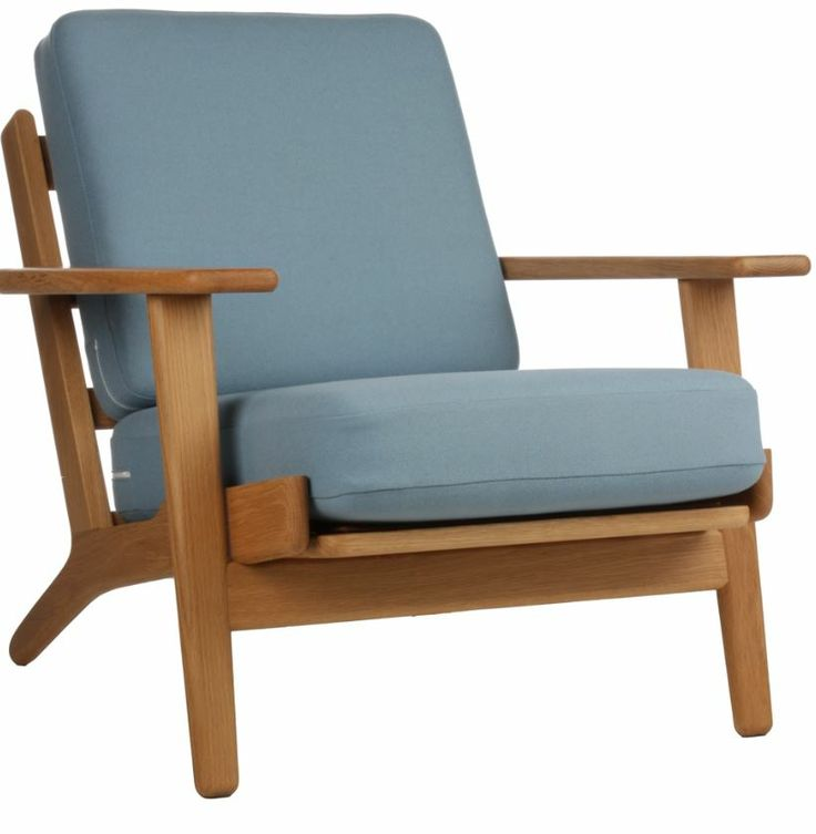 The Matt Blatt Replica Hans Wegner Plank Armchair - Oak/Light Blue