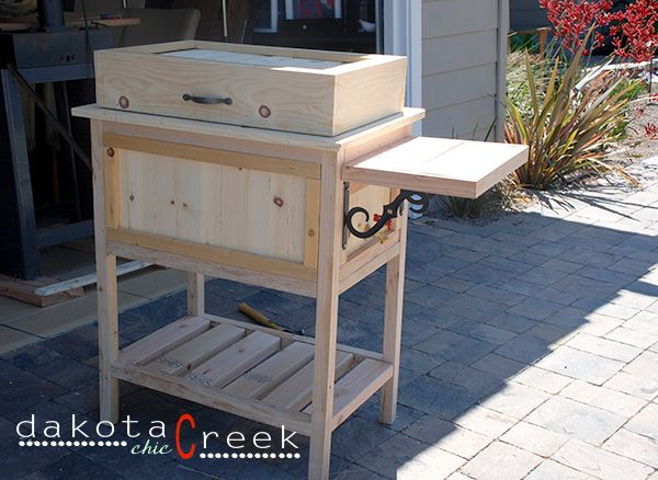 Elegant DIY Wooden Ice Chest Cooler