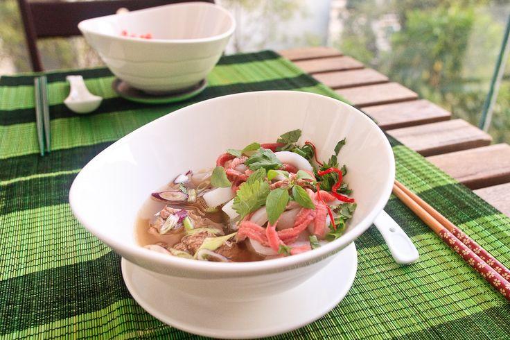 Vietnamese Beef Noodles Soup, Rare Round-eye, Braised Brisket (Phở Tái Chín) #vietnamesefood #soup #beef #recipe