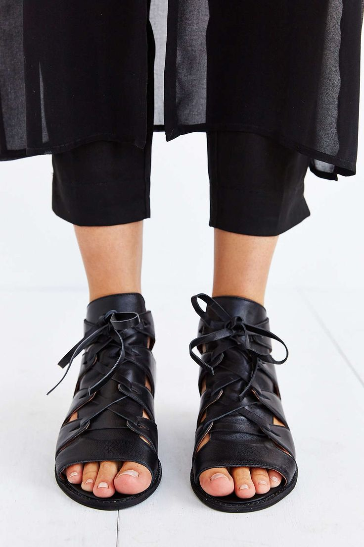 Black Gladiator Sandals To Bring Edge To Any Boring Day At