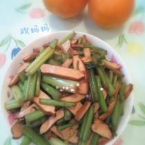 素/荤炒蒜薹豆干 - Vegetarisch of vlees gebakken tofu met knoflook - workshop mei