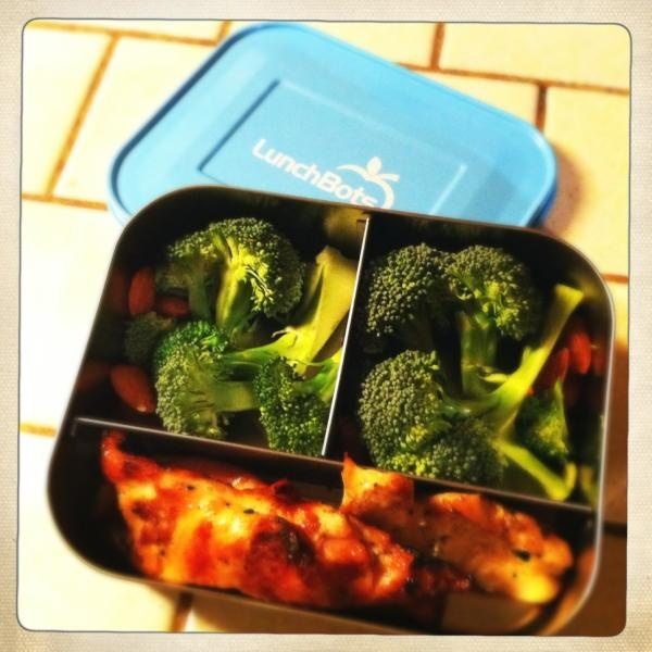 chicken, broccoli, and almonds | In my belleh! | Pinterest