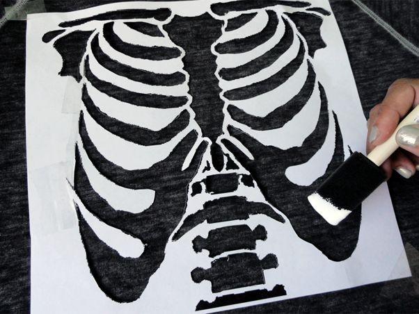 Cerejas no Topo: DIY: Camisa de Esqueleto com Glitter