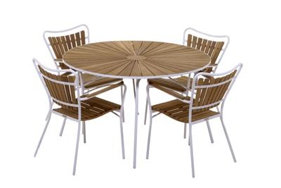 Classic garden furniture from Danish company Mandalay.