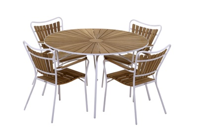 Classic garden furniture from Danish company Mandalay.