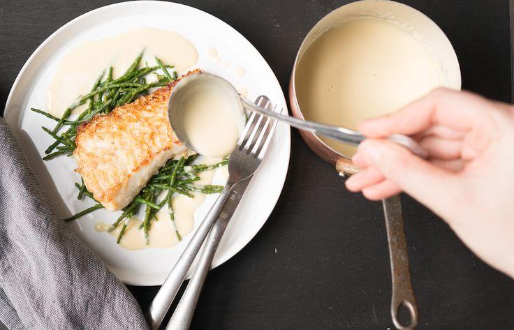 Noilly Prat is een bekende soort vermout (droge, Franse wijn) waar je een heerlijke saus mee kunt maken. Goddelijk bij de vis!