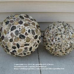"""garden ornaments using Styrofoam balls, pebbles & """"QuickWall""""...  (they have a few ideas on the page, this is just one of them)"""
