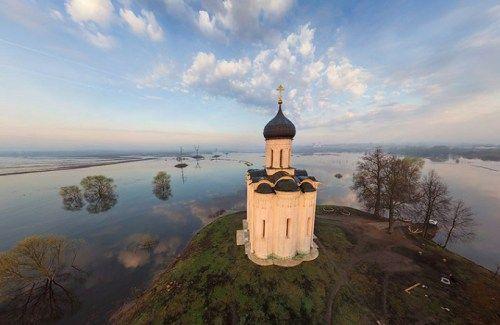 Pokrova na Nerli Kilisesi, Bogolyubovo, Rusya