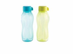 On-the-Go Drinking Bottle Set (310ml x 2)... how cute is that for your little munchkins? Just the perfect size