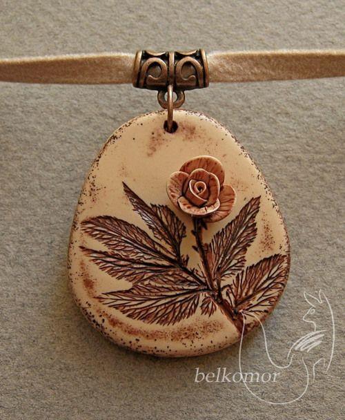 beautiful necklace Que buena idea. Impresión+relieve