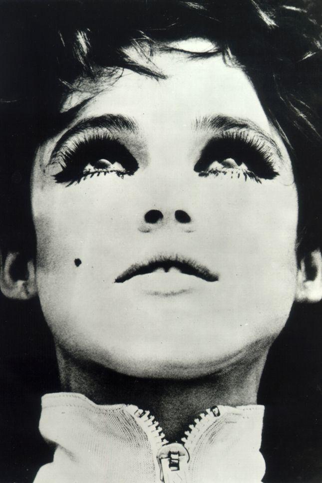 «Девушка фабричная»: за что мы любим Эди Седжвик
