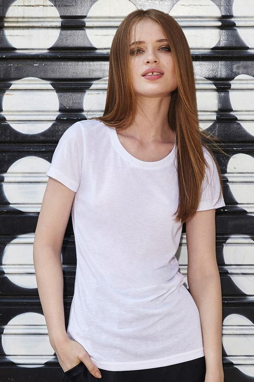Tricou de femei Sublimation B&C Collection din 100% poliester, ideal pentru personalizarea prin sublimare