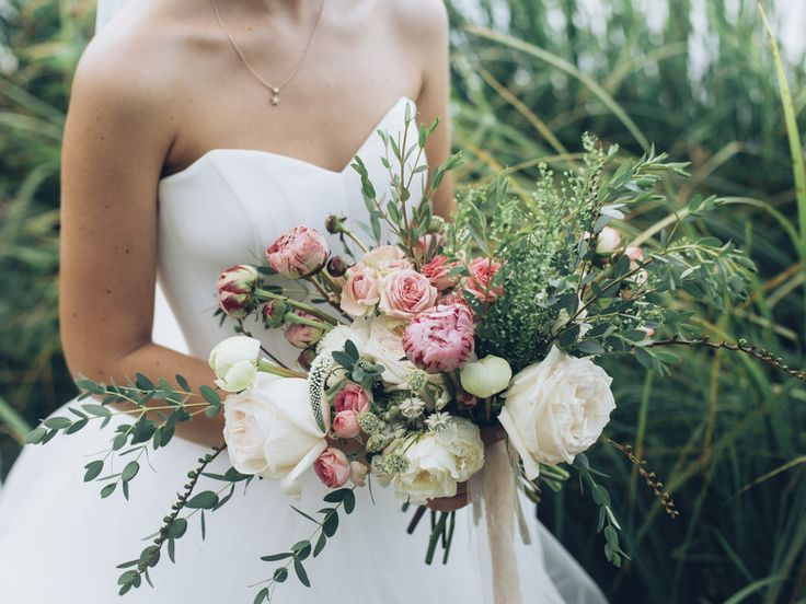 Traumhafte Brautkleider unter 1000 Euro
