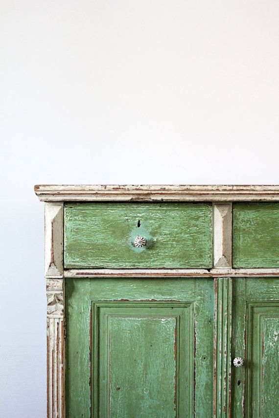Antique Farm Cabinet / European Painted Cabinet op Etsy, 1.001,41 €