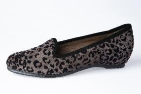 REBAJAS SPIFFY. Calzado hecho en España.  #madenspain #calzado #zapatos #spiffy #slipper #animalprint #rebajas
