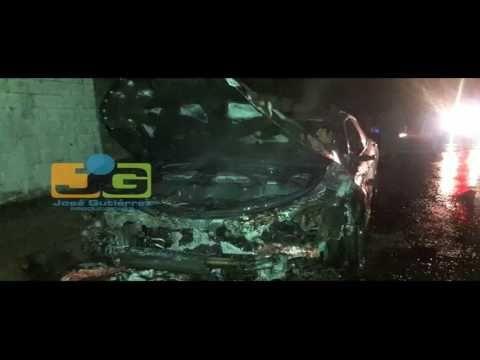 Carro se incendia en Los Tocones de Santiago; nada humano que lamentar   %WWW.TrailerEstreno.Com%
