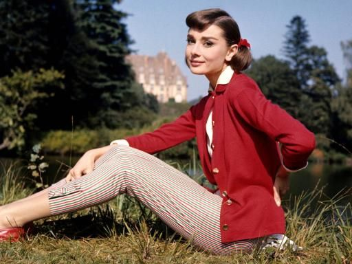 striped pants: Adorable Audrey, Fashion, Vintage, Audrey Hepburn, Style Icons, Audreyhepburn, People, Photo, Styleicon