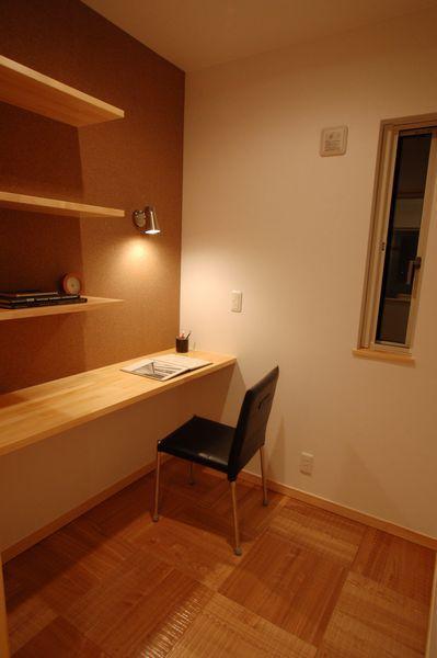 かっこいい書斎のレイアウトは2畳もあれば十分! | 住宅情報 住まいいね