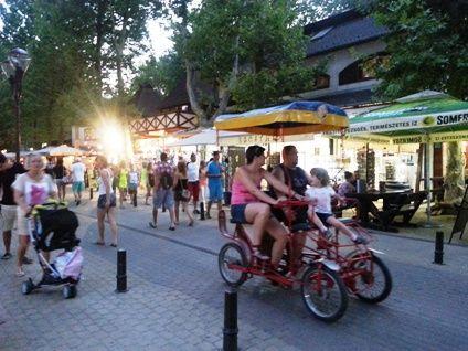 Nightlife on the Petőfi pedestrian street