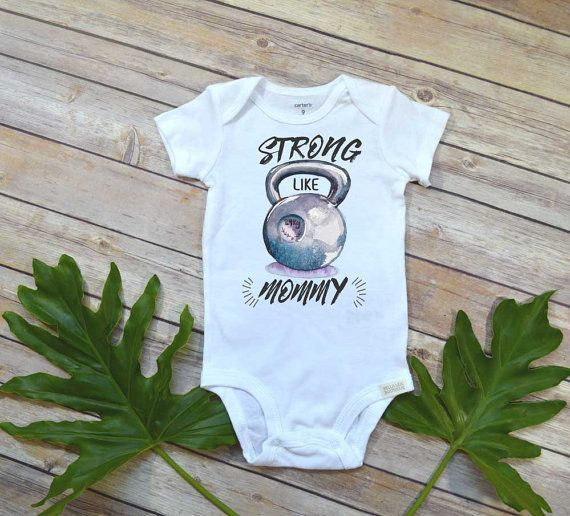 Crossfit Onesie, Strong Like Mommy, Baby Shower Gift, Crossfit Gift, Crossfit Romper, Crossfit Baby shirt, Funny Onesies, Crossfit Bodysuit, Crossfit shirt