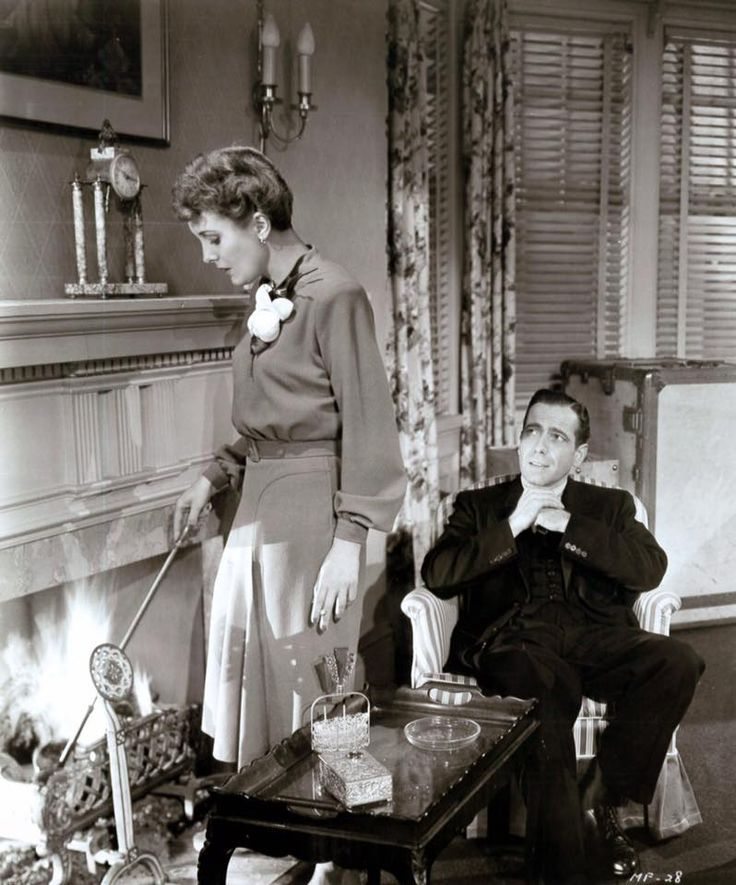 """Mary Astor and Humphrey Bogart in """"The Maltese falcon""""."""