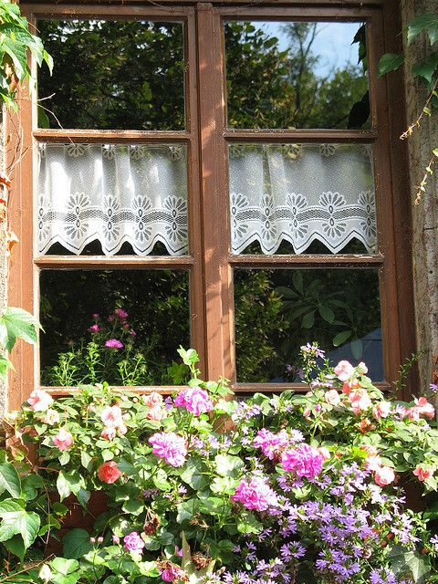 Summer Window by Batikart on Flickr.